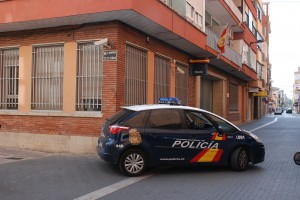 La Policía Nacional detiene en Vila-real una persona por el robo en el interior de un vehículo
