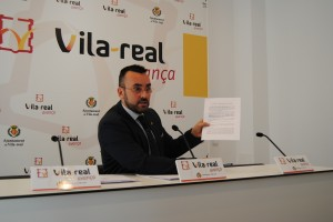 """El alcalde de Vila-real demanda a Folgado por injurias y calumnias en las """"mentiras"""" de las """"tapas, cañas y perfumes"""""""