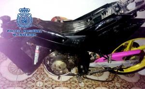 La Policía Nacional detiene en Vila-real a un joven por un delito de hurto y amenazas tras robar un ciclomotor