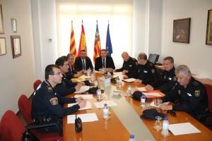 La Policía Local y la Policía Nacional coordinan esfuerzos para garantizar la seguridad durante las fiestas de Sant Pasqual