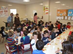 Cerca de 600 escolares aprenden a comer saludablemente con la segunda edición de ¡Desayuna en el cole!