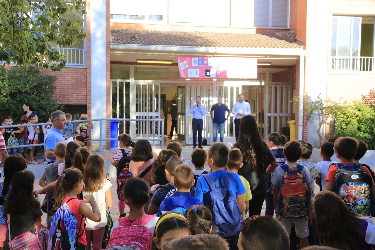 Casi 7.500 alumnos de educación infantil, primaria y secundaria inician el curso escolar en Vila-real