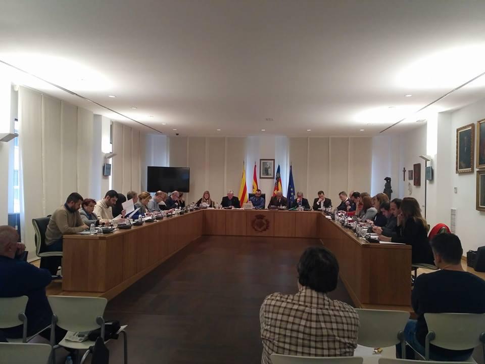 El Pleno se suma a las reivindicaciones del 8 de marzo con un manifiesto por la igualdad efectiva entre mujeres y hombres
