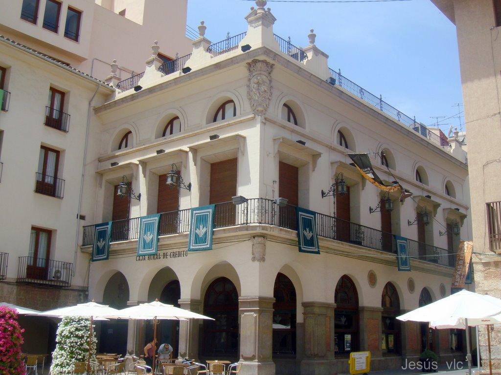 Caixa Rural abrirá la terraza de su sede para disfrutar del concierto de la antevigilia de Sant Jaume.