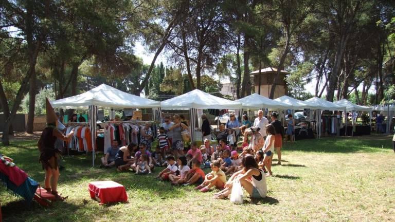 Vila-real celebra la 6ª Feria de Oportunidades en el Termet.
