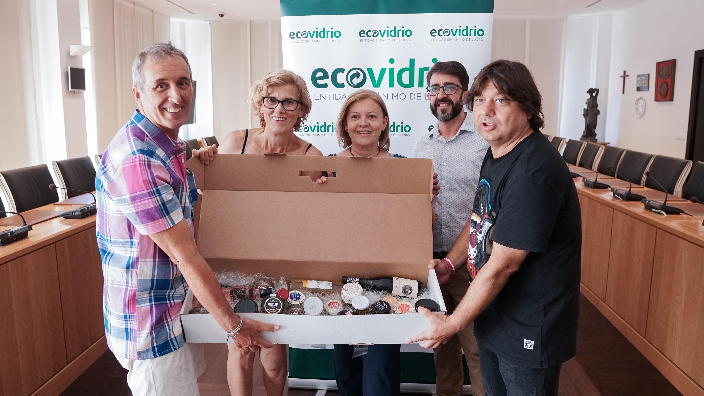 Las peñas de Vila-real reciclan 6.123 envases de vidrio