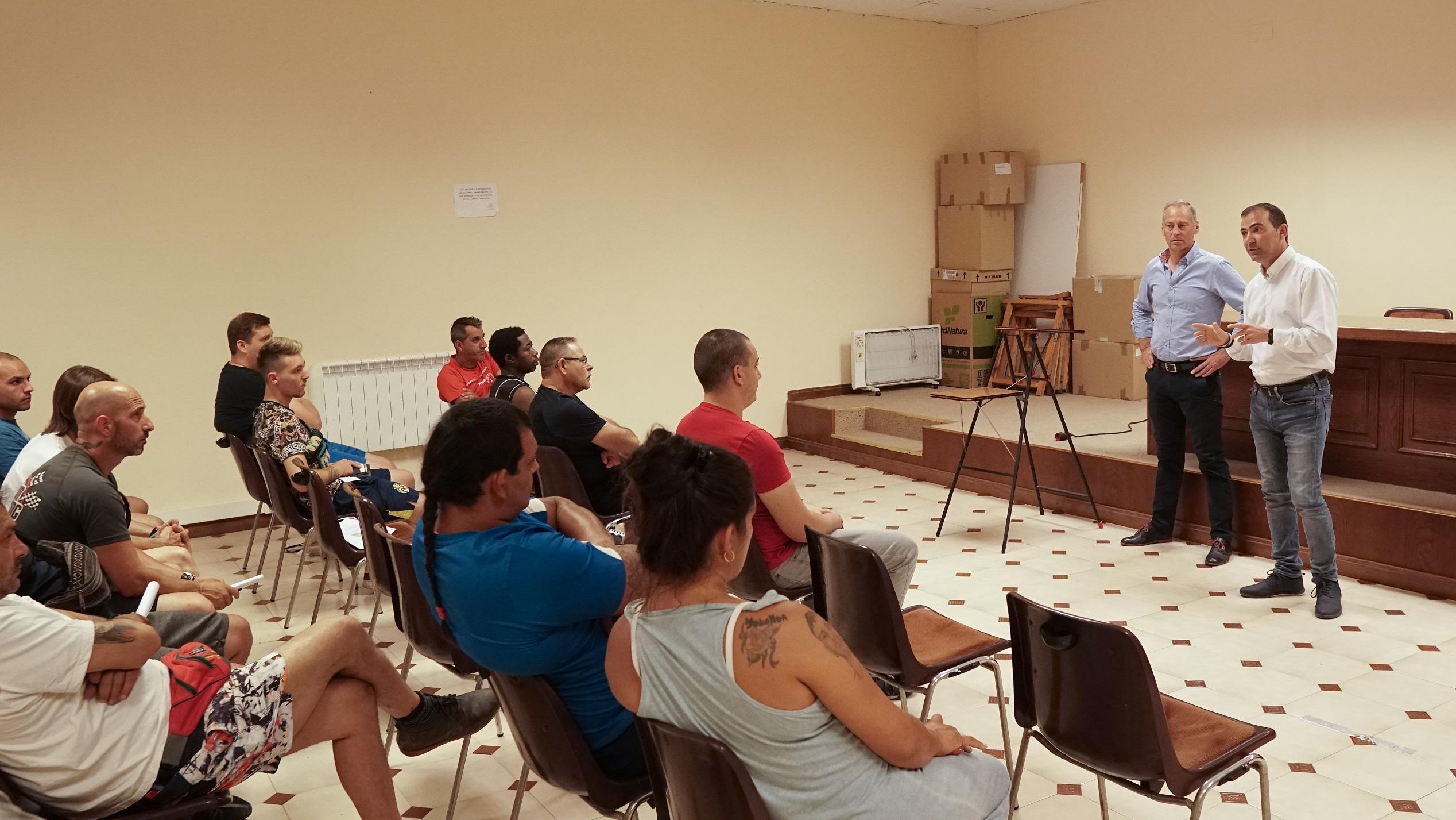 Vila-real suma la ayuda de la Cooperativa Católico-Agraria en el Inem Agrario que emplea este verano a 70 personas.