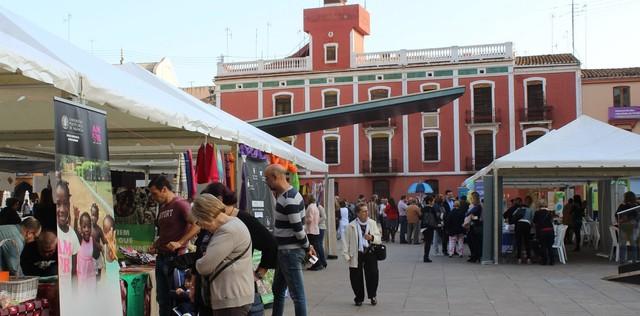 El Ayuntamiento trabaja en una iniciativa de bonos para compras anticipadas en comercios y hostelería de Vila-real