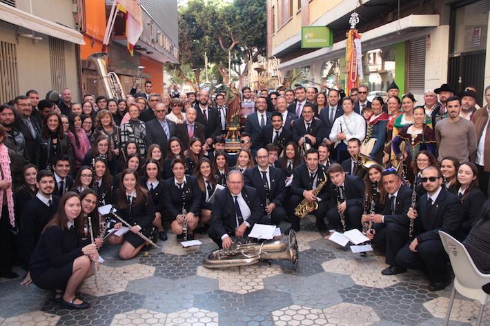 Los músicos de Vila-real preparan santa Cecilia.