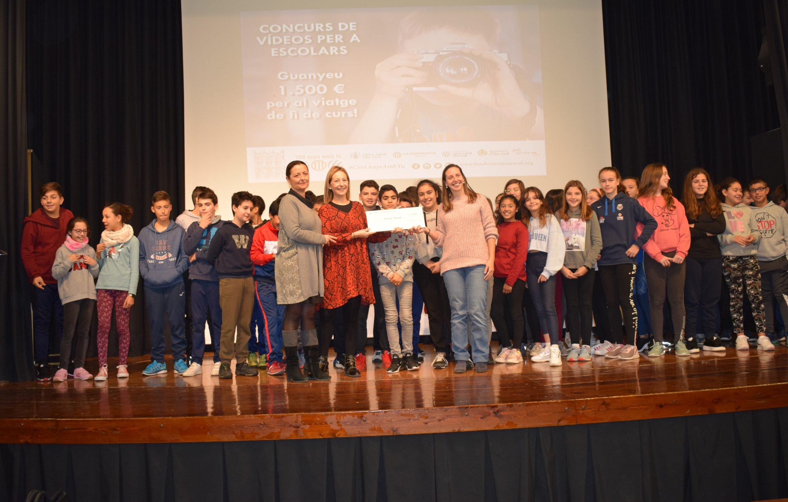 Alumnos del Pasqual Nácher ganan los 1.500 € del concurso de vídeos de Fundació Caixa Rural