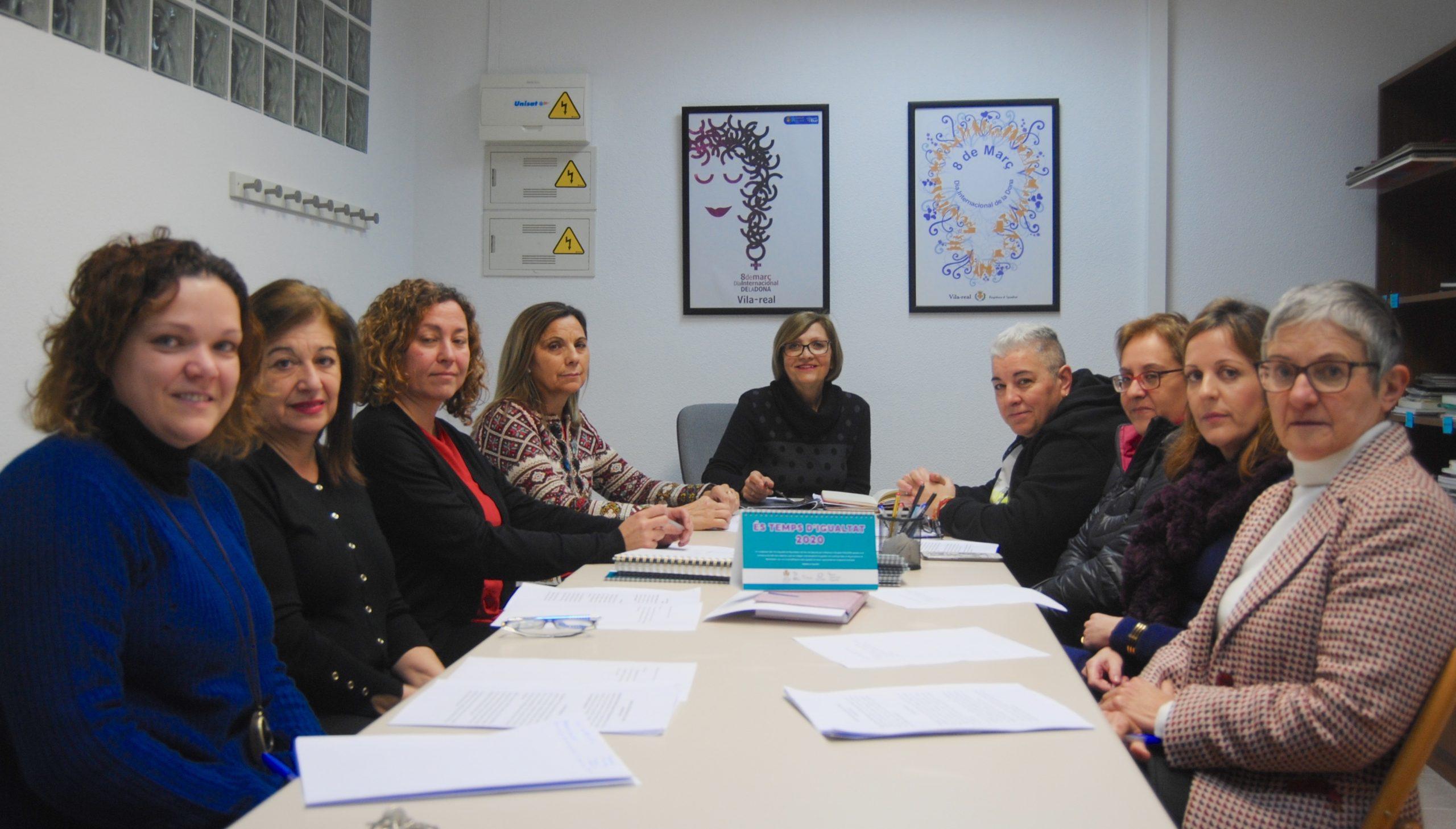 Igualdad da voz a los centros educativos y las asociaciones en los actos del 8M