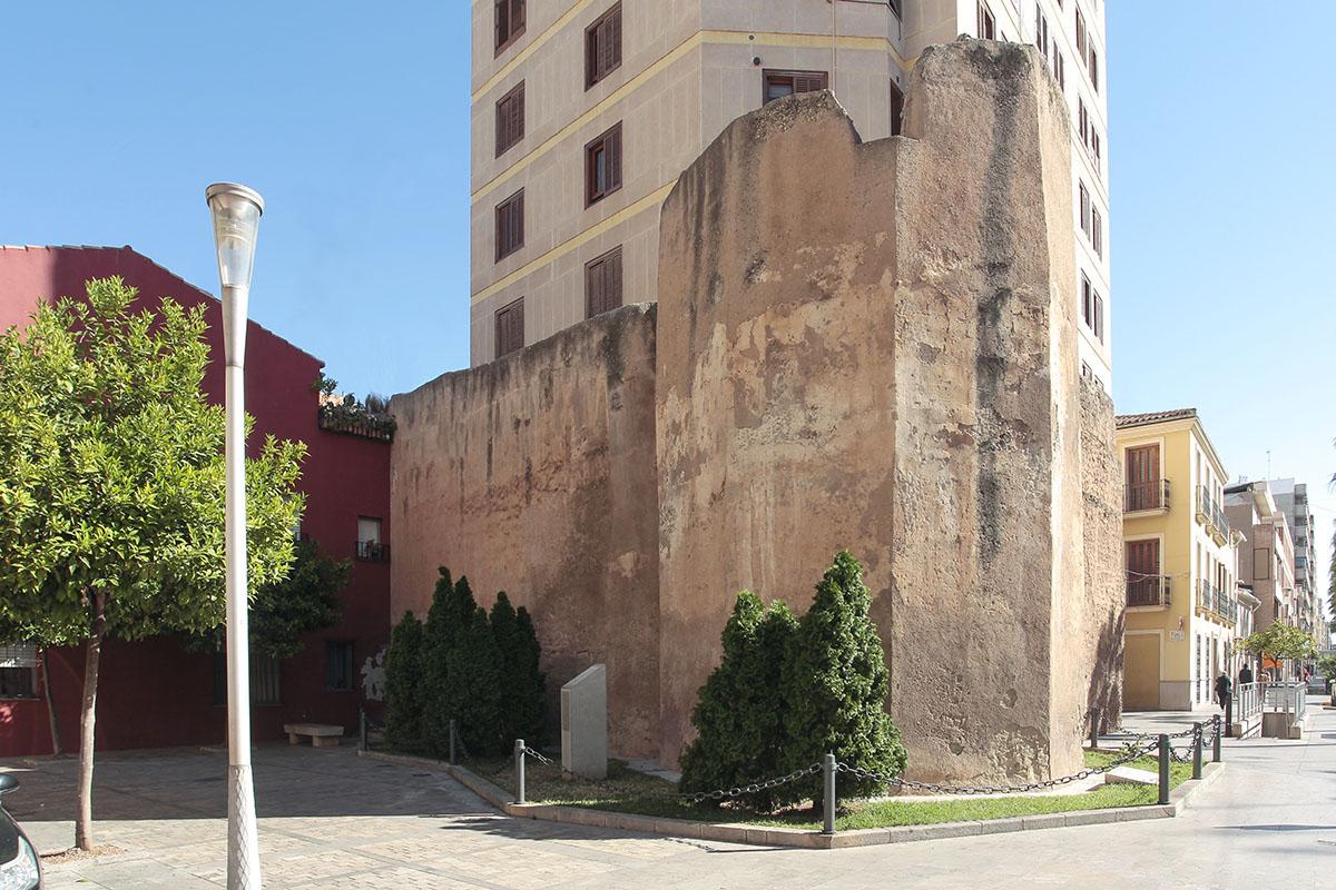 Vila-real consolida la Torre Motxa y visualizará la antigua muralla