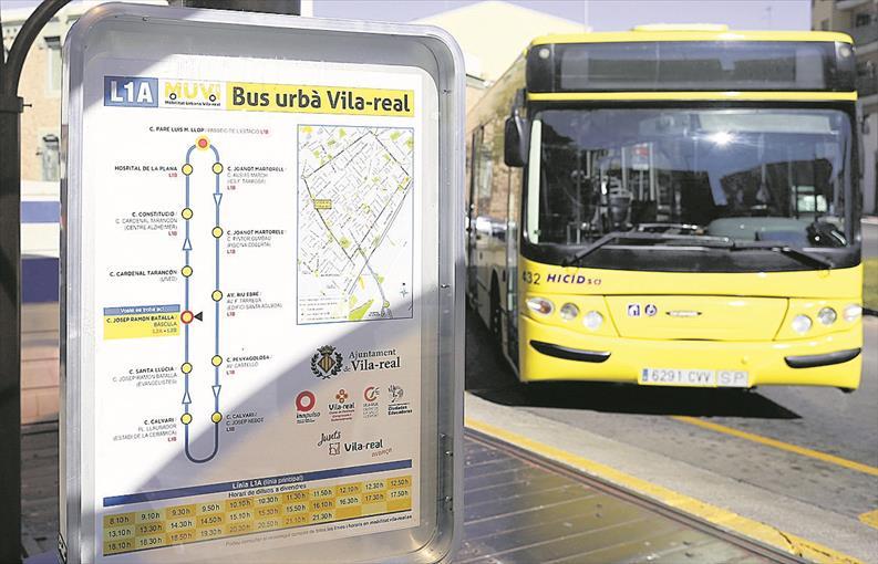 Vila-real reactiva el servicio de autobús gratuito a la UJI para el estudiantado universitario con el reinicio de la actividad académica