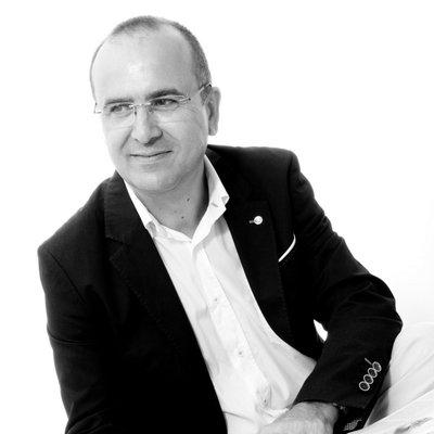 Entrevista al Director del periódico digital Castellón Plaza, Angel Baez