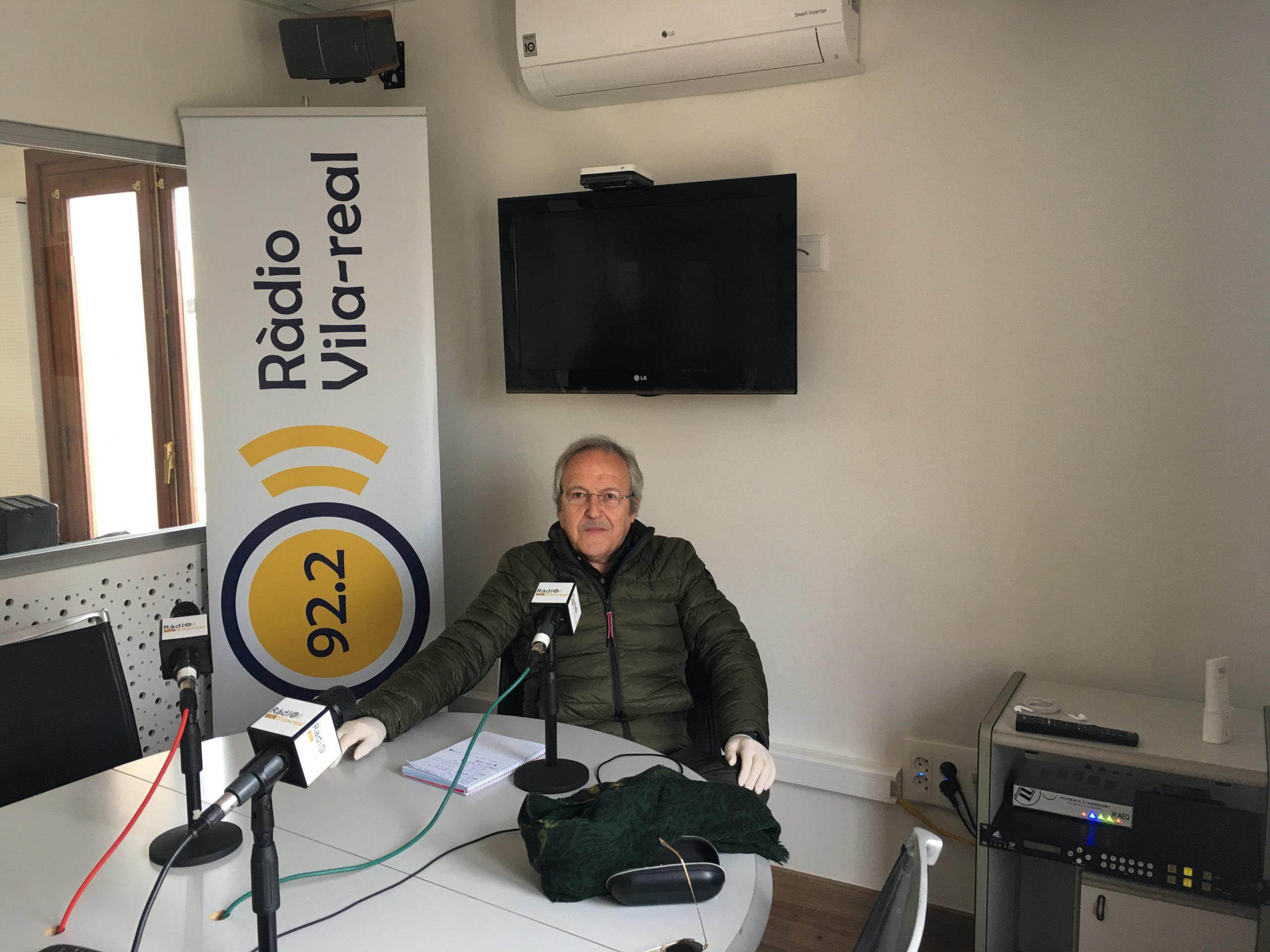 Los Amics del Crist del Calvari reconocen la labor de Radio Vila-real