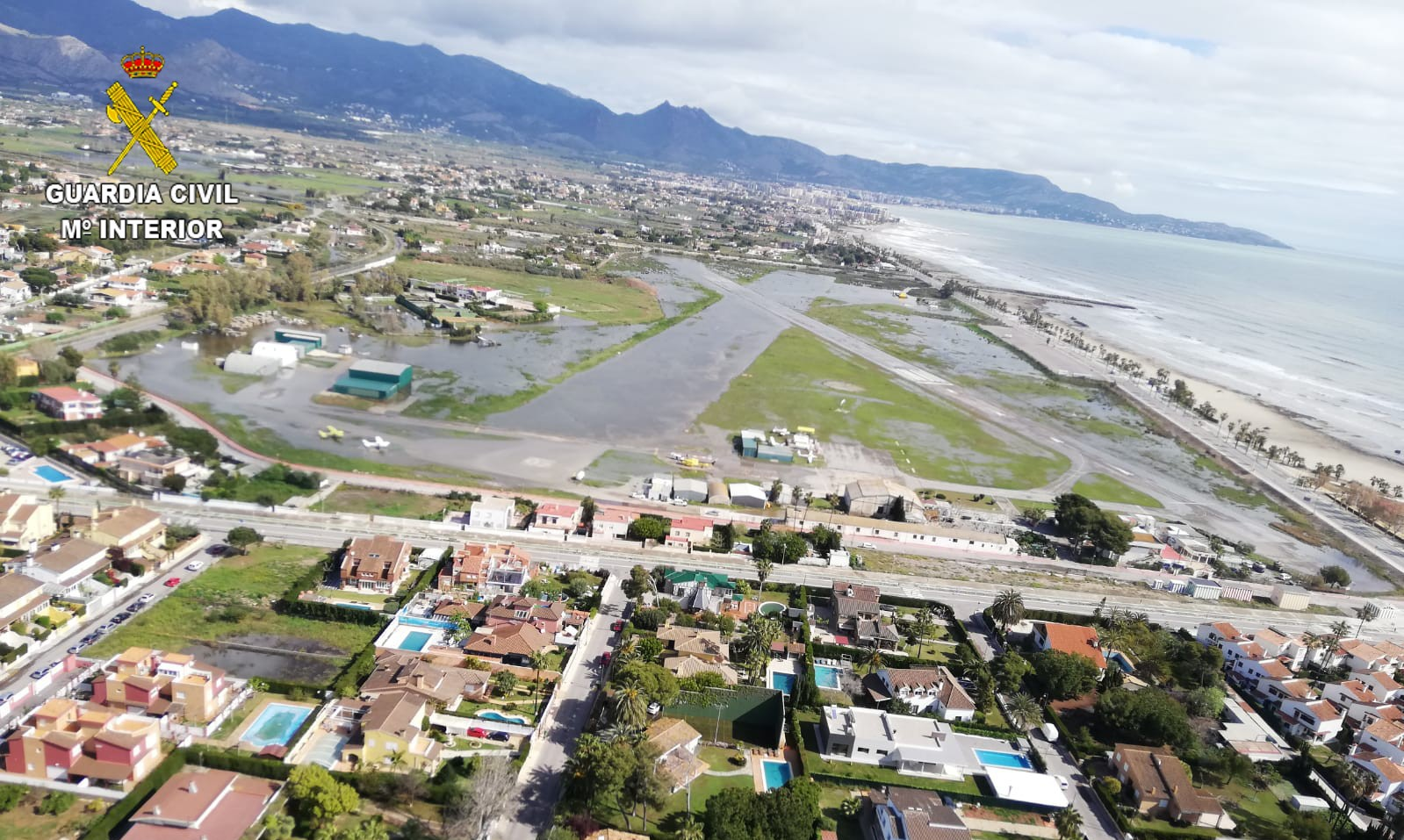 La Guardia Civil interviene en las inundaciones de la provincia de Castellón