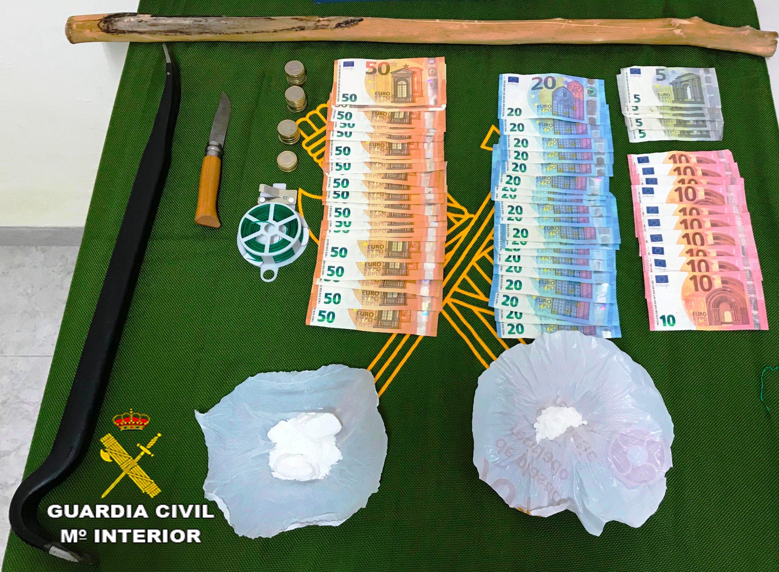 La Guardia Civil desarticula un punto de venta de droga en Torreblanca