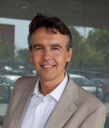 Entrevista al decano de la Facultad de Ciencias de la Salud de la UJI, Rafael Ballester