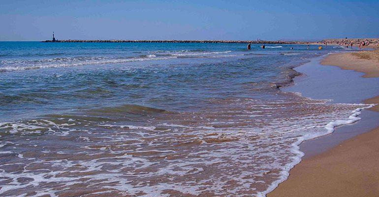 Un hombre resulta fallecido al ahogarse en la playa del Serradal de Castelló