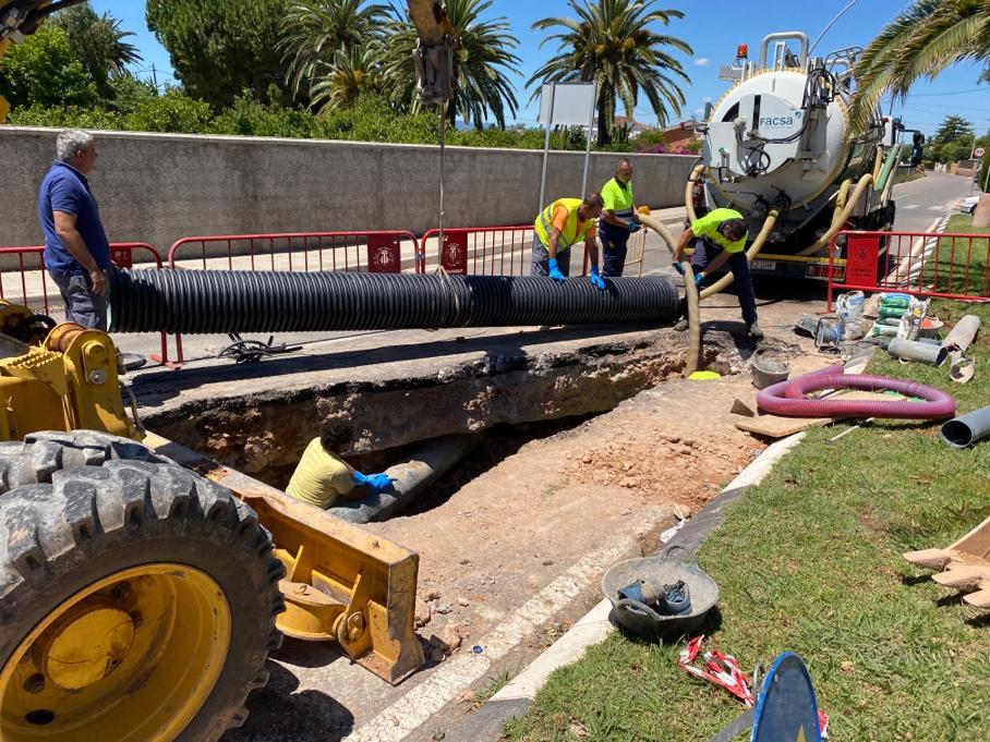 Servicios Públicos de Vila-real acomete un plan de actuación urgente de mejora del asfalto en puntos de la red viaria