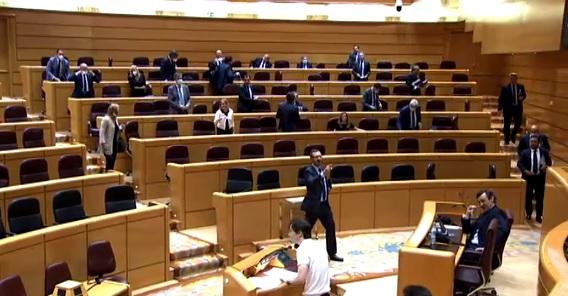 El PP se marcha del Senado tras unas declaraciones del senador de Más País, ¿qué opinan los partidos de este suceso?