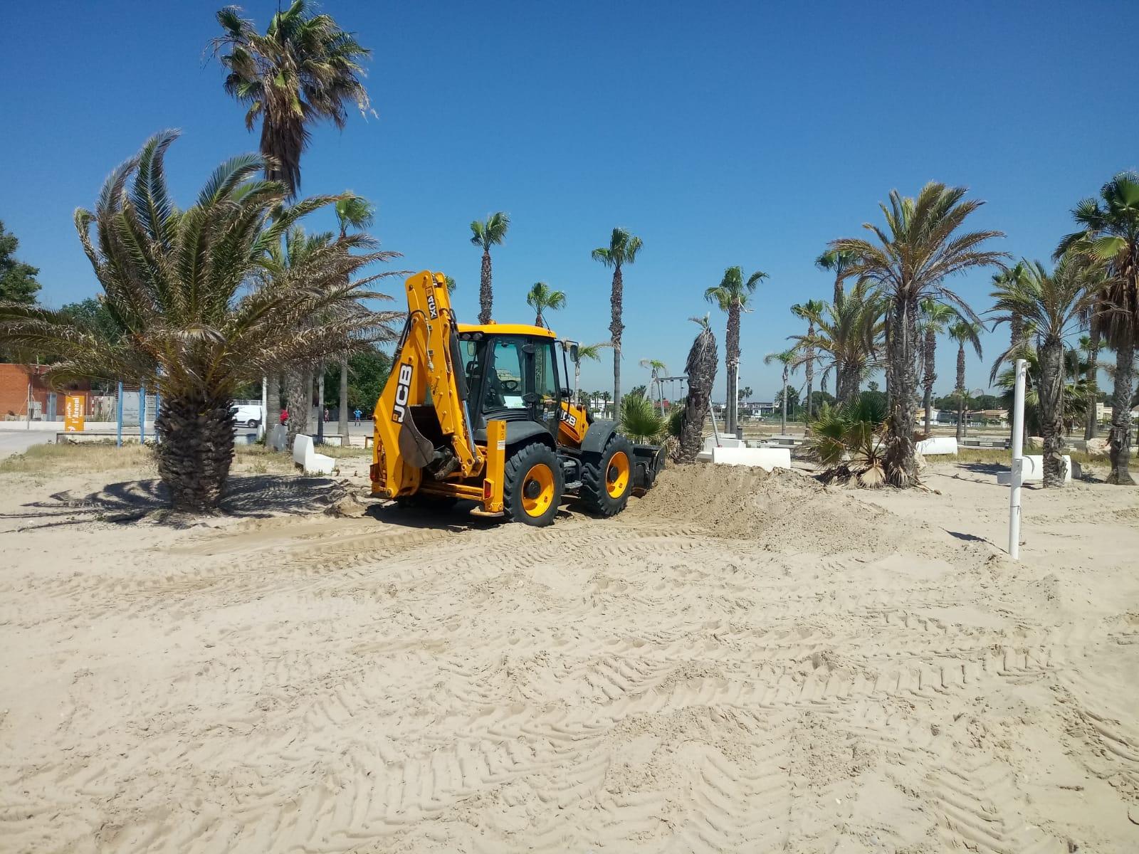 Burriana acondiciona sus playas para su uso en condiciones óptimas en la Fase 2 de la desescalada