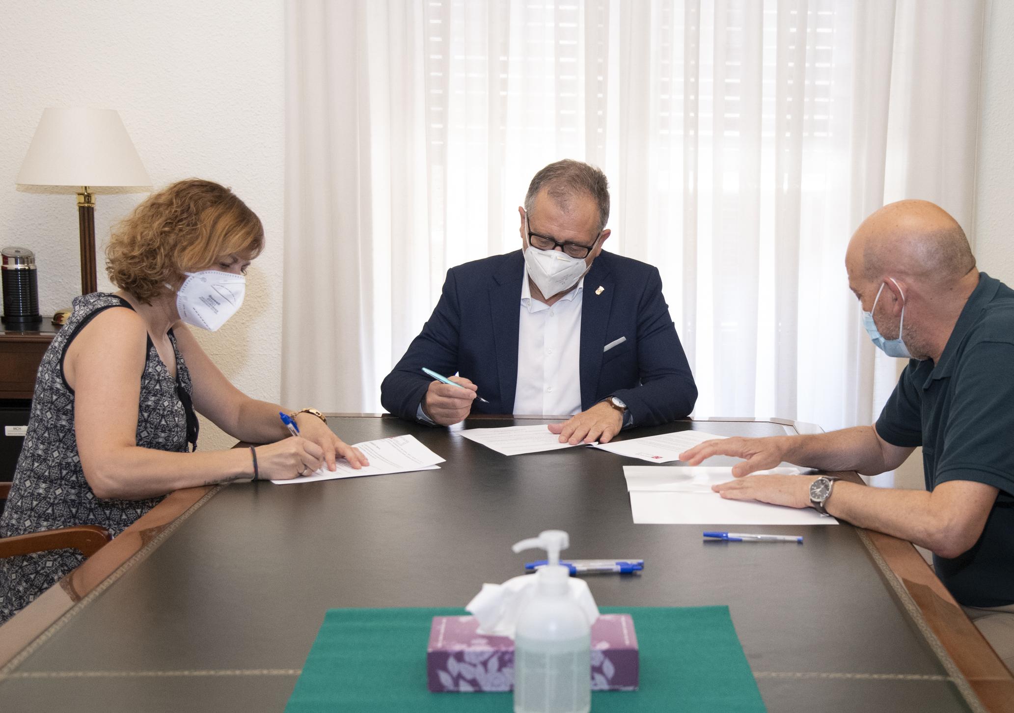 La Diputación invierte 16.000 euros en la mejora de los accesos a la plaza de toros de Vilafranca