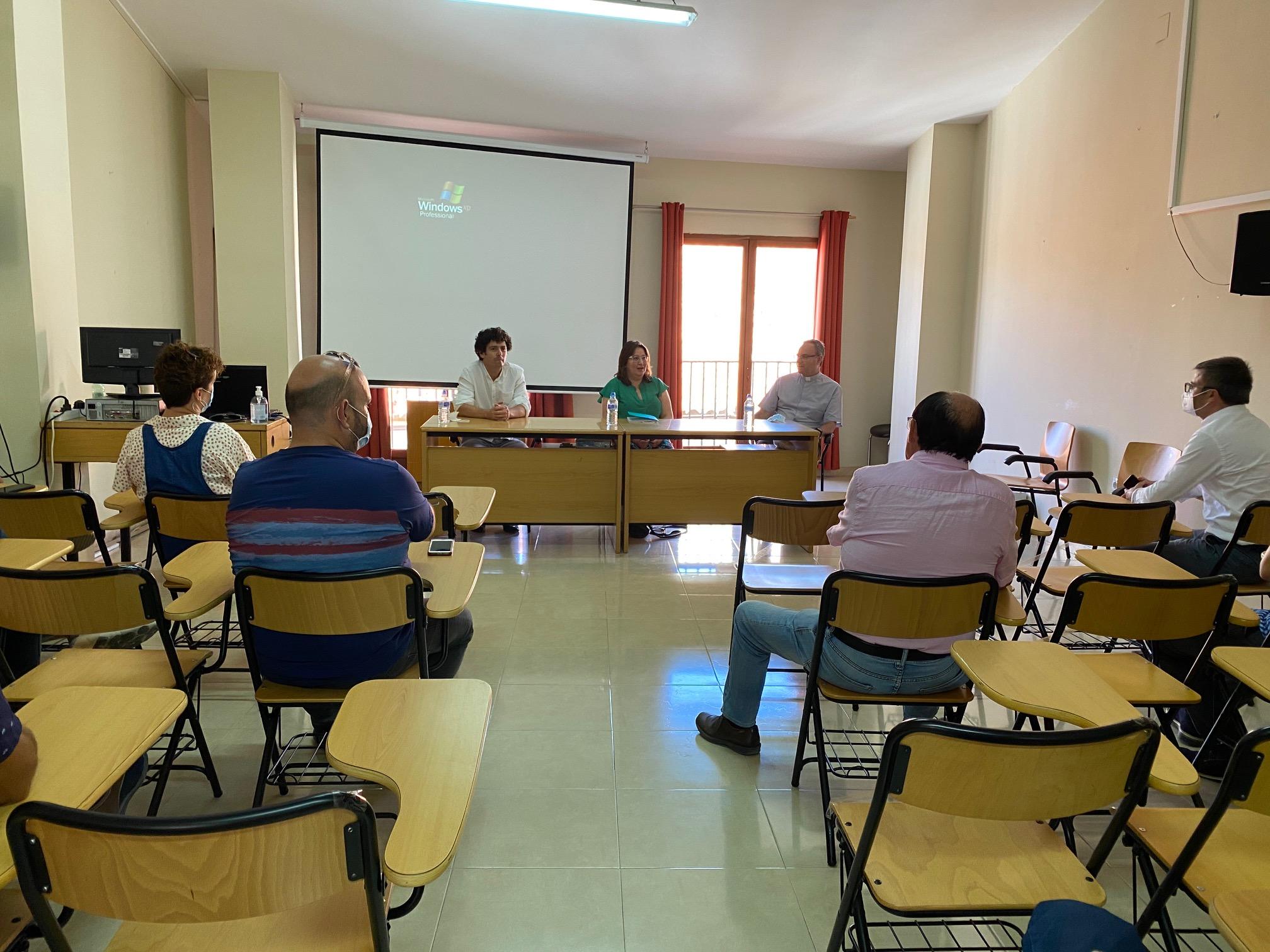 Diputación y Conselleria de Cultura trasladan a los alcaldes del entorno del Penyagolosa los acuerdos para impulsar la recuperación del santuario
