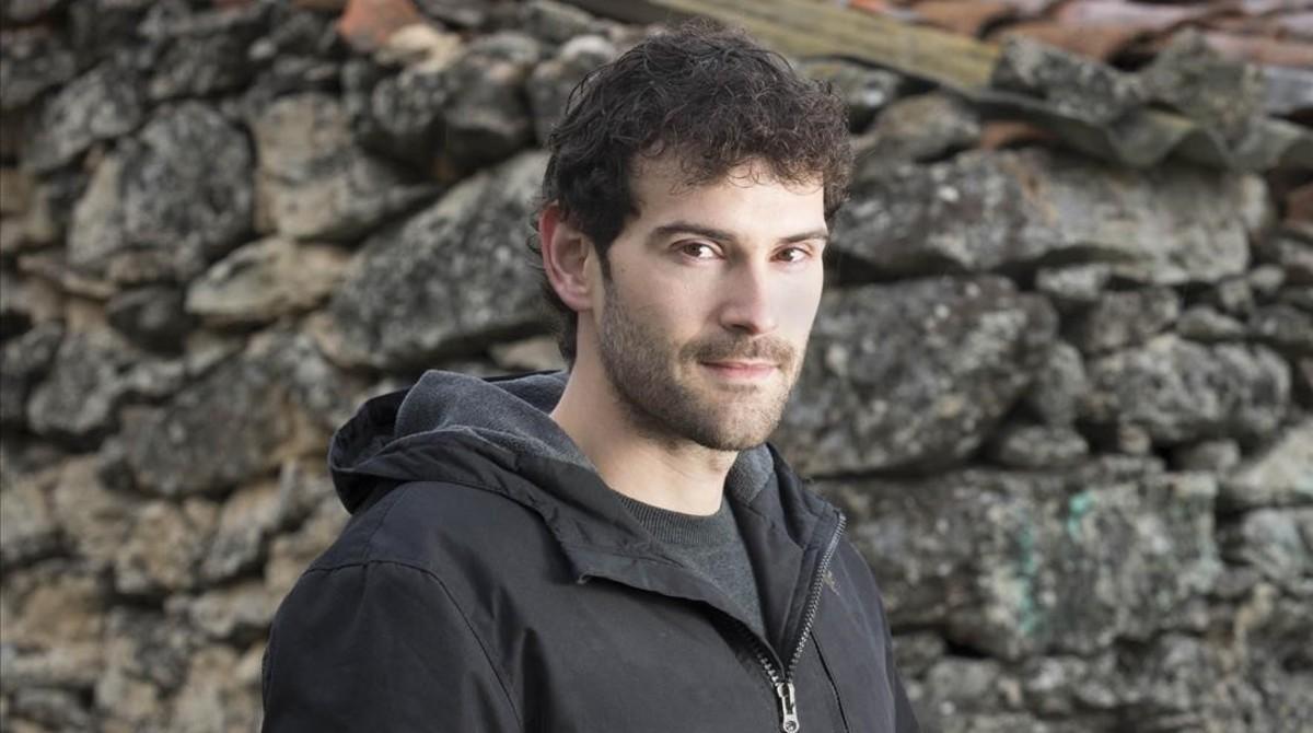 Entrevista al escritor Luis Roso
