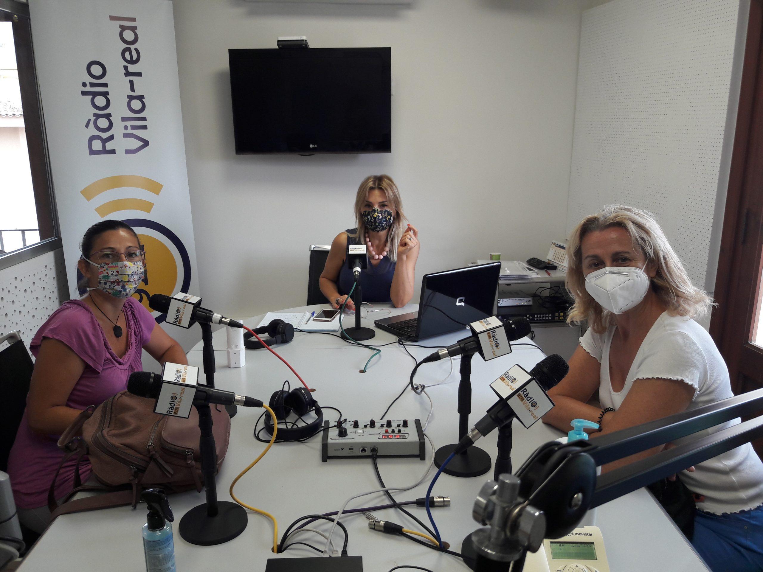 Hablamos de Agricultura con Lupe Broch de ALIV y  Eva Domínguez de l'Associació de Llauradors de Nules