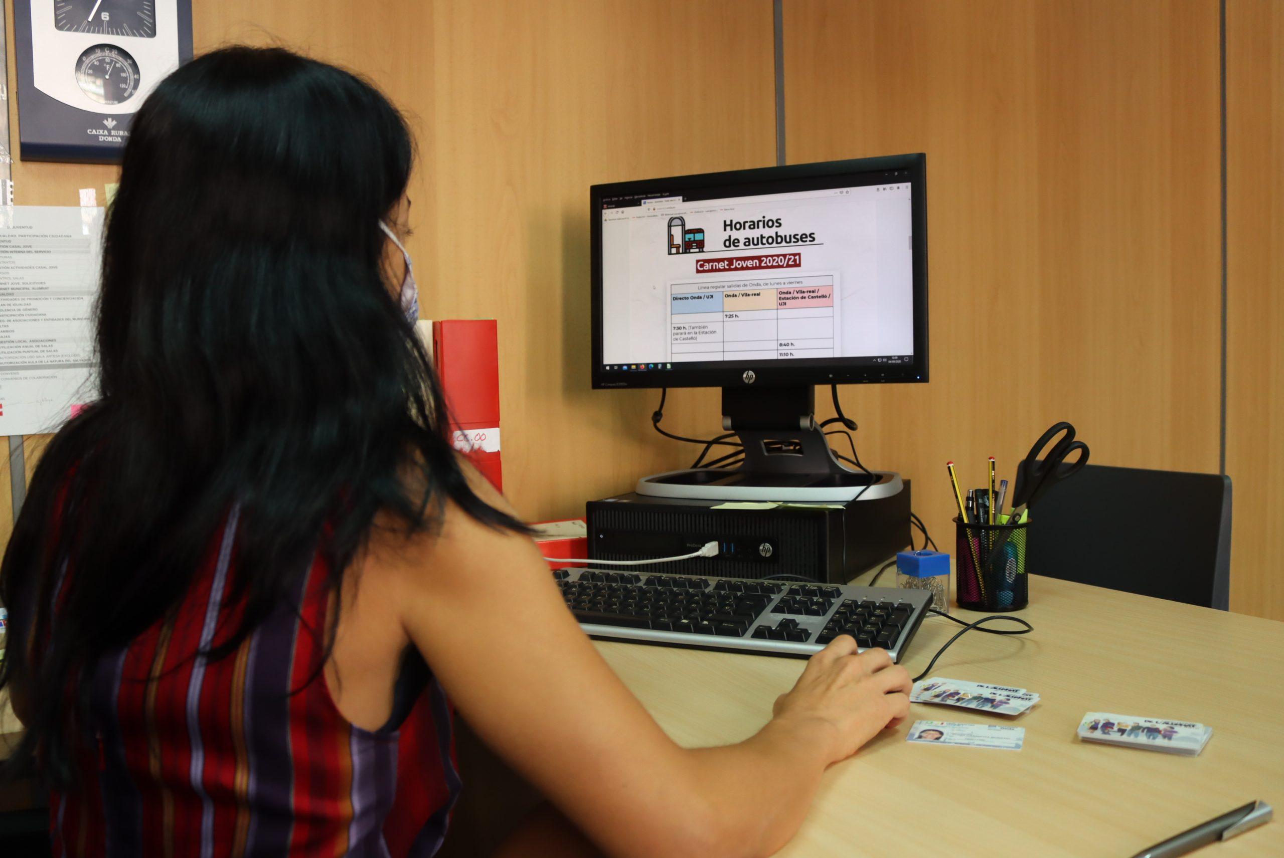 Más de 200 estudiantes de la UJI y Formación Profesional de Onda se beneficiarán de bus gratuito en el nuevo curso