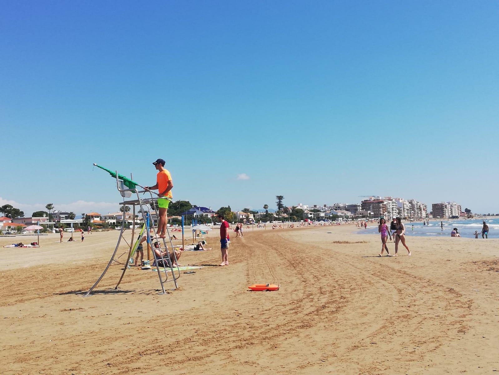 Burriana amplía el servicio de salvamento y socorrismo de sus playas