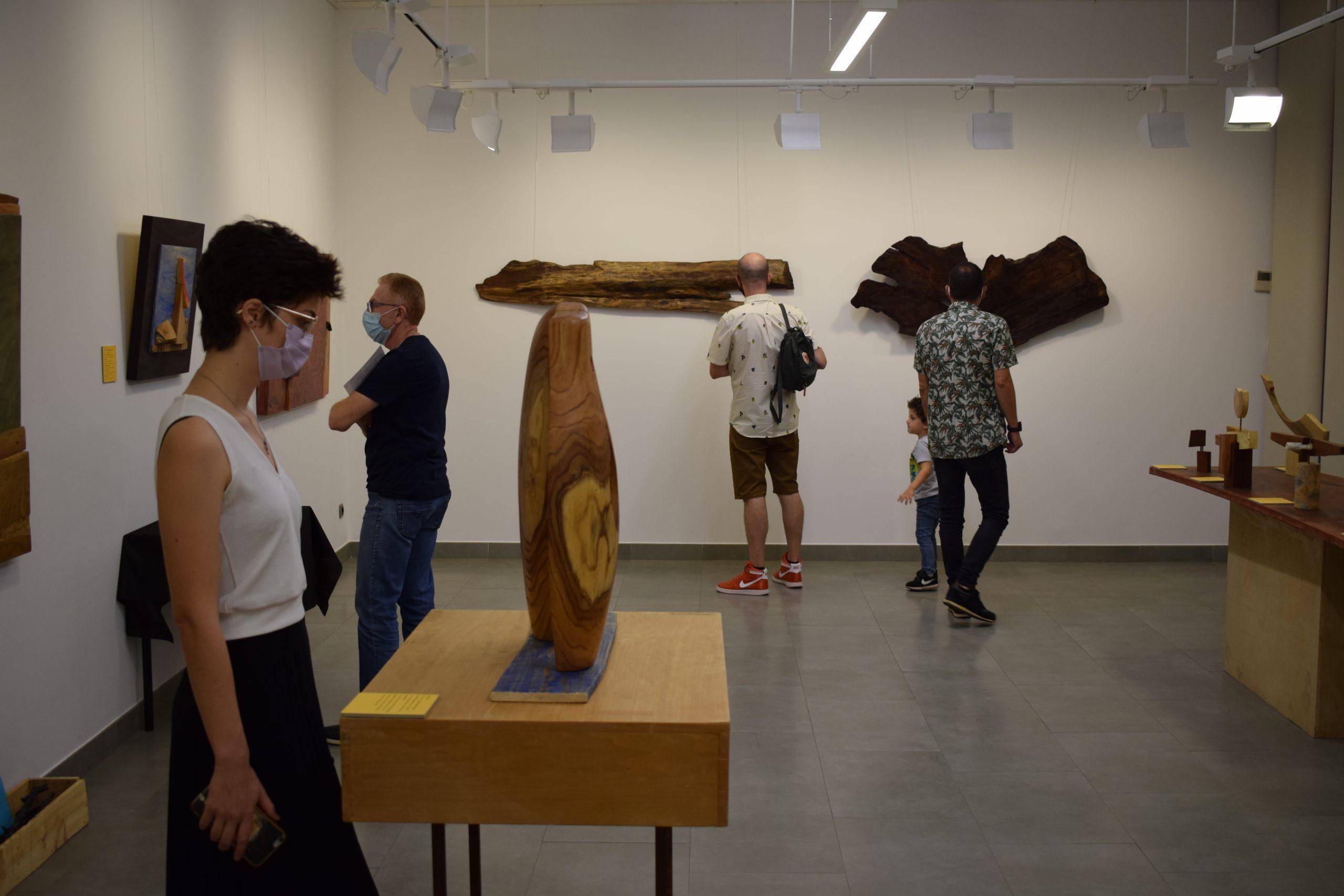 Fundació Caixa Rural Vila-real inaugura un nuevo ciclo de exposiciones con el escultor y poeta Marcelo Díaz