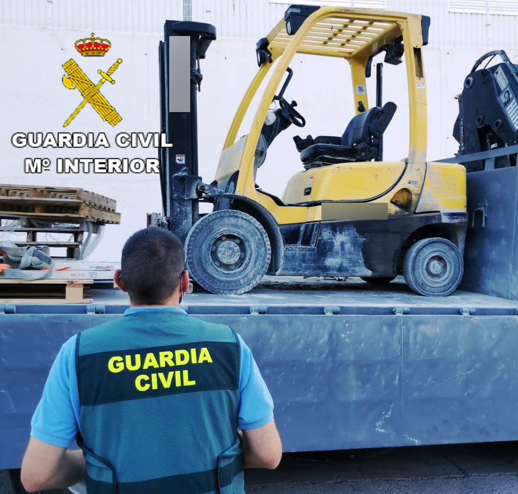 La Guardia Civil detiene a cuatro personas, por dos delitos de estafa, apropiación indebida y falsedad documental en Borriol y Segorbe