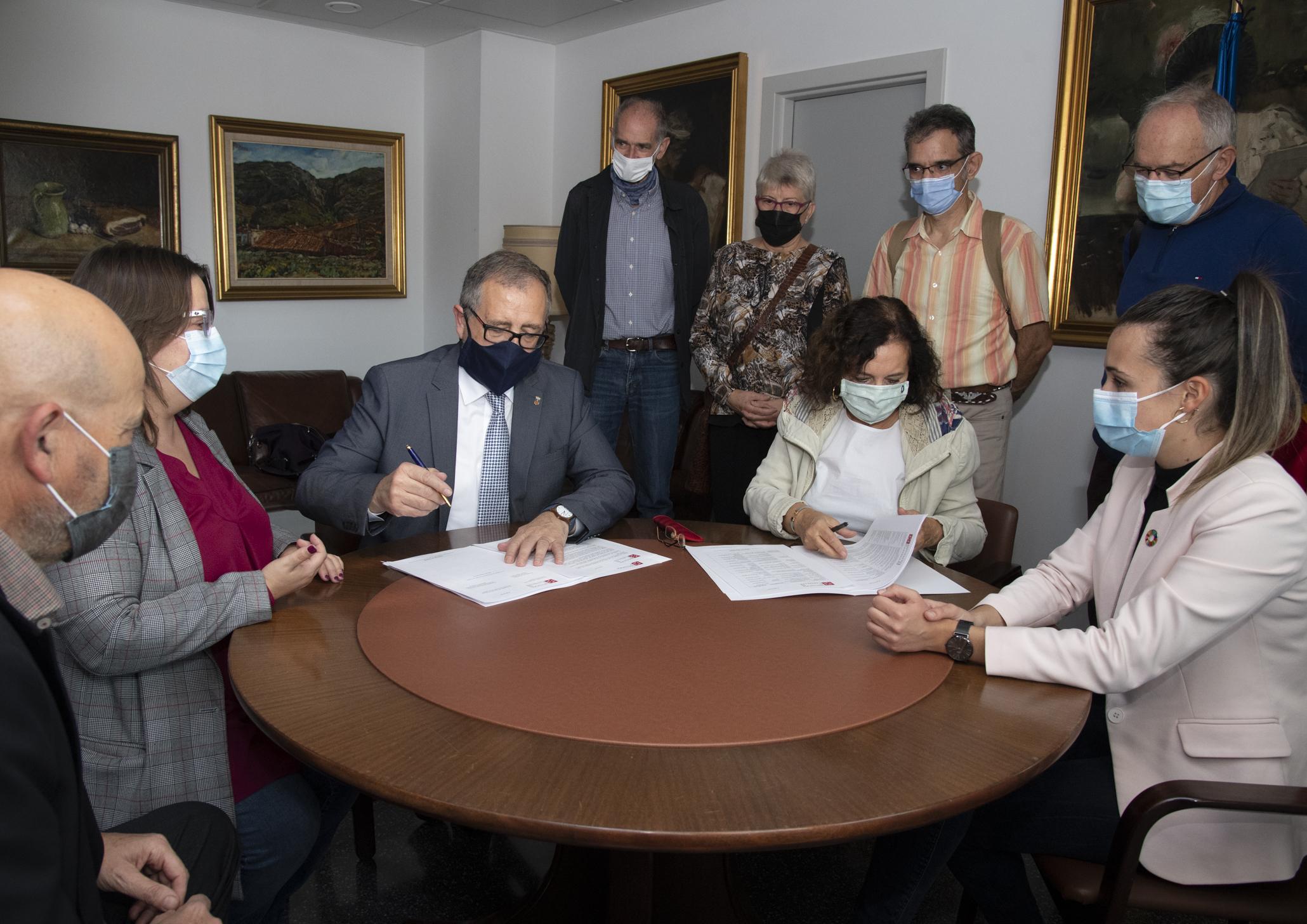 La Diputación conservará en el Archivo Provincial cerca de medio millar de documentos cedidos por el Grup Per la Recerca de la Memòria Històrica de Castelló