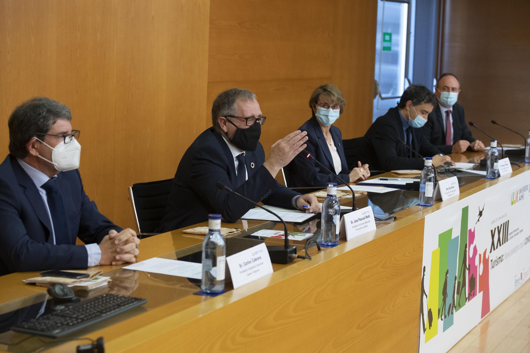José Martí explica que Castellón Senior está preparado para retomar los viajes en primavera si la evolución de la pandemia lo permite