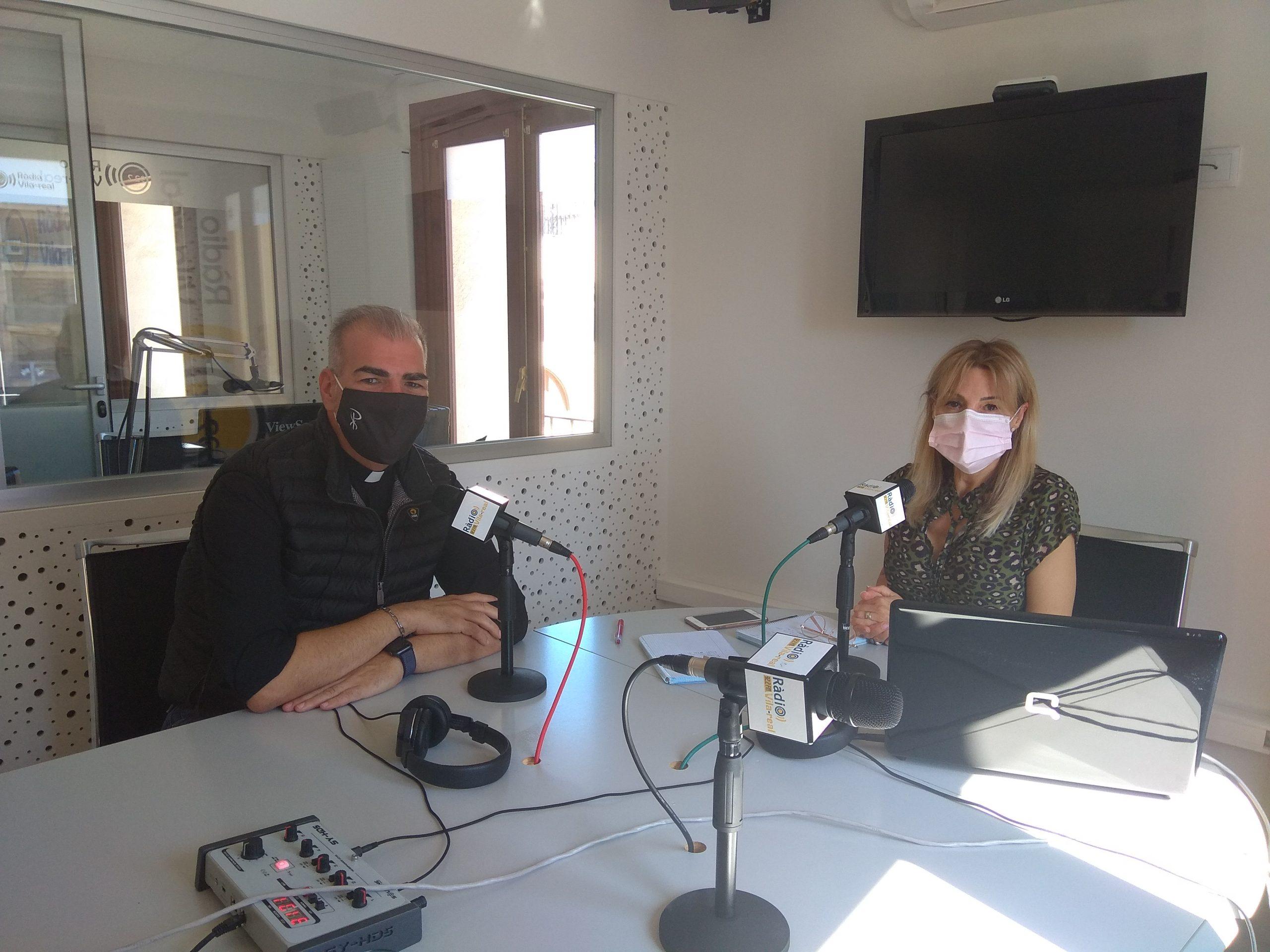 Entrevista al capella del Hospital La Plana y el párroco de la parroquia Jesús Obrero, Cento Esteller