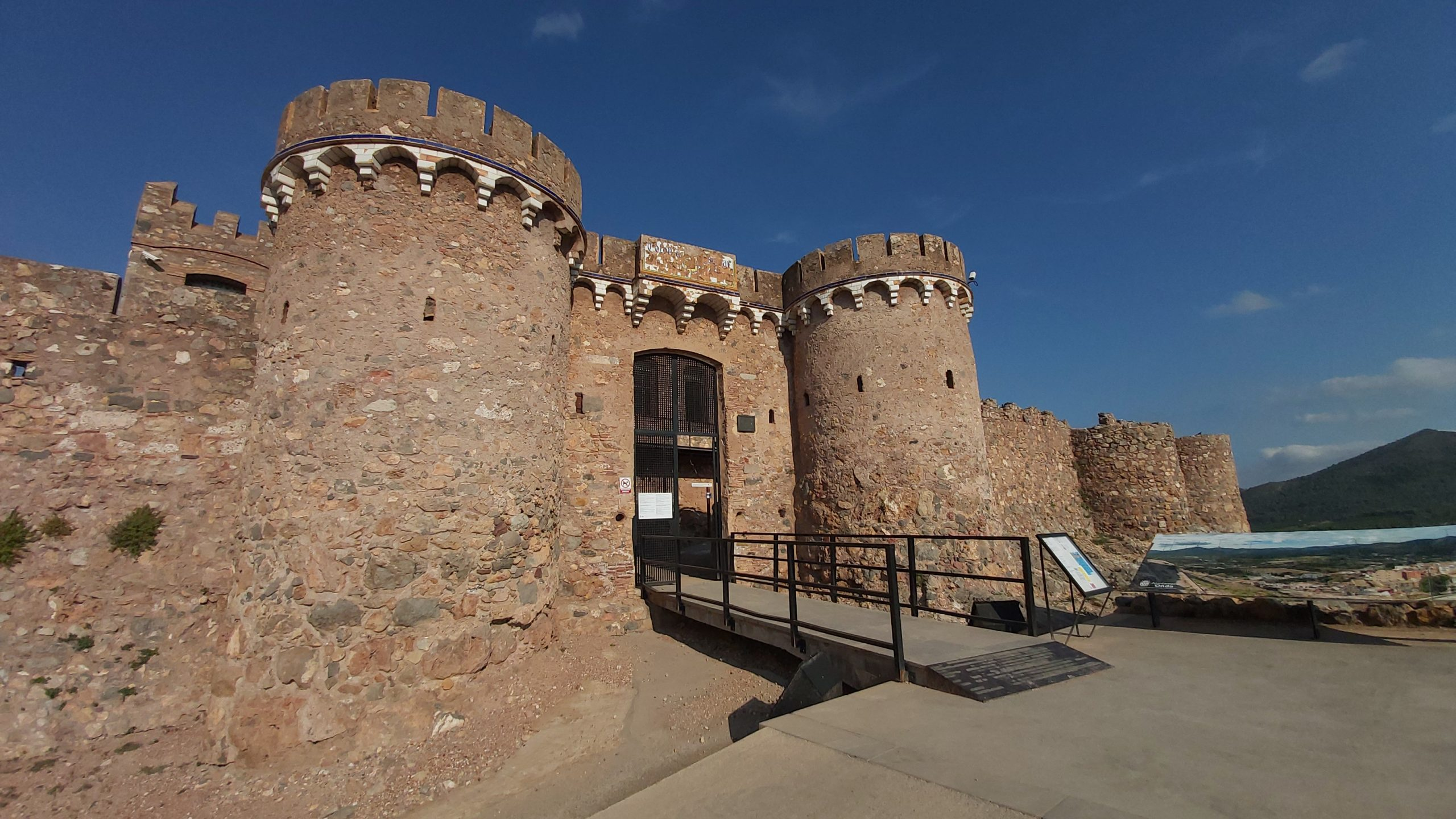 El Ayuntamiento de Onda y Fomento invertirán 300.000 euros  para recuperar más patrimonio histórico en el castillo