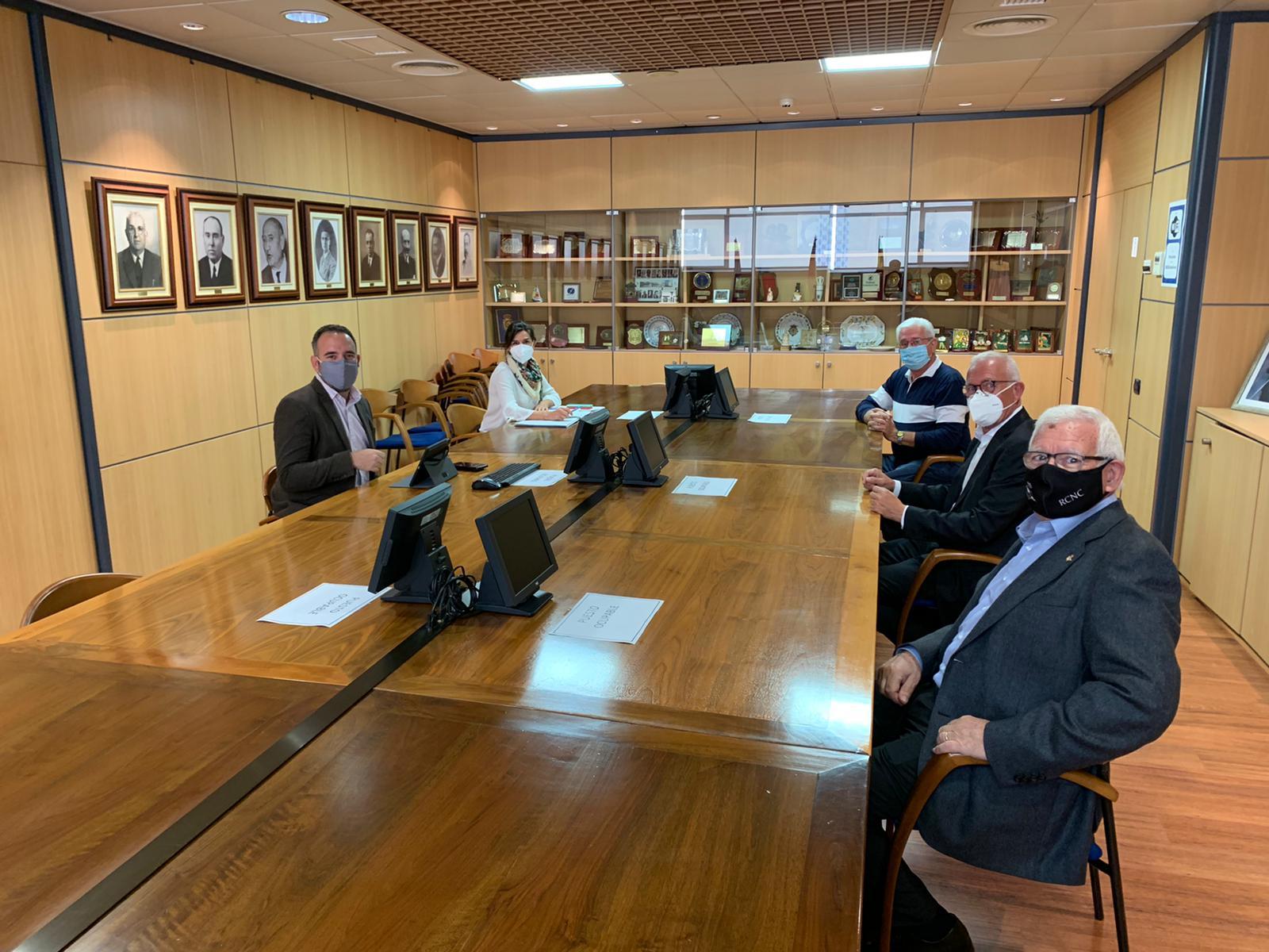 Portcastelló y Club Náutico desarrollarán acciones para impulsar la zona lúdica