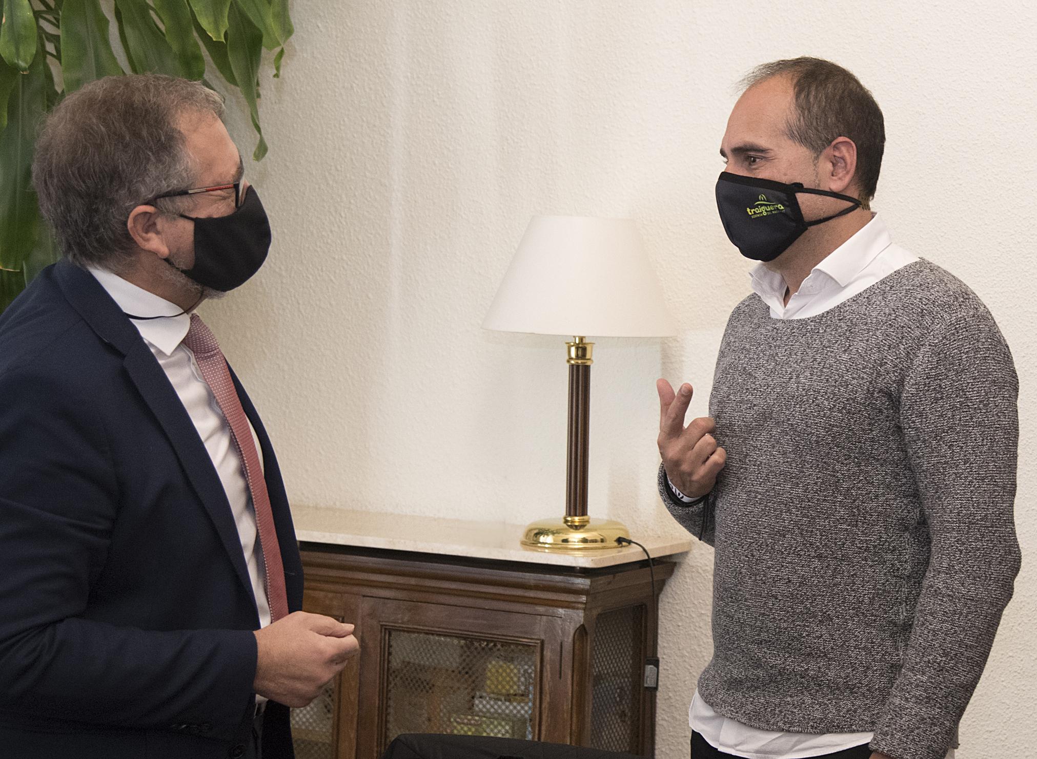 El presidente de la Diputación de Castellón y el alcalde de Traiguera abordan el problema de la inexistencia de depuradora en la Font de la Salut