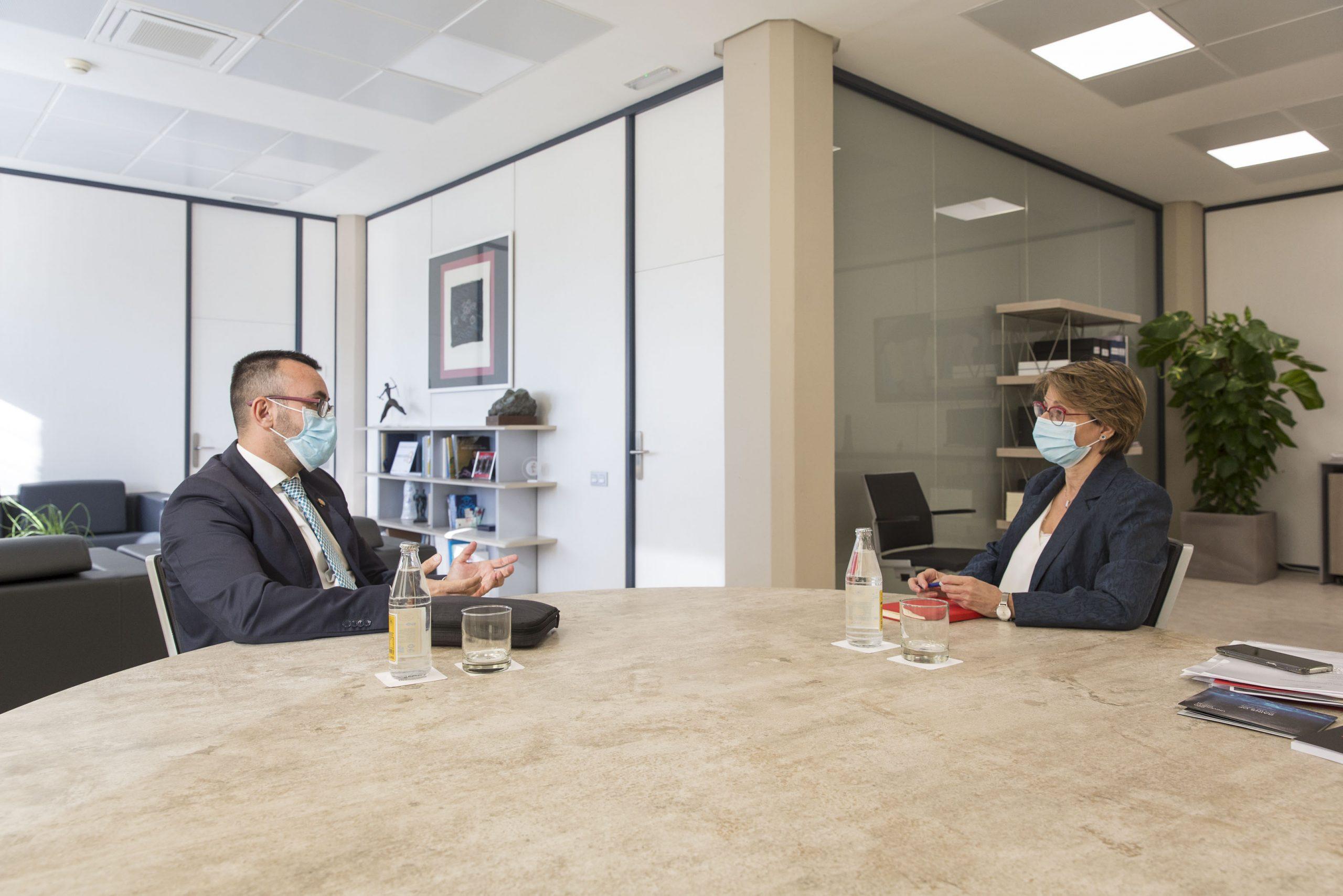 Benlloch y Alcón hacen balance de los últimos 10 años de la UJI en Vila-real