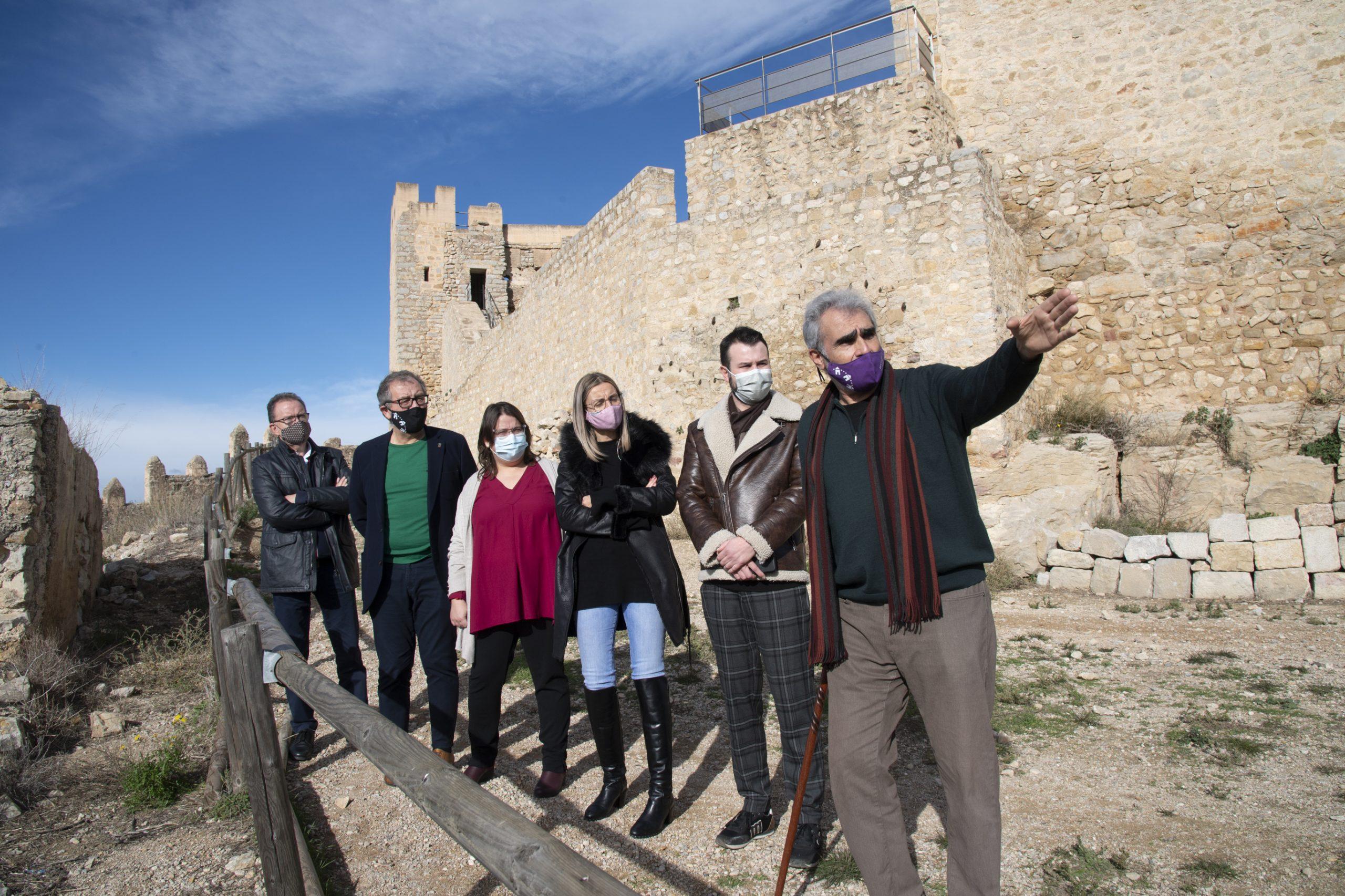 José Martí apunta a los fondos europeos para impulsar el castillo de Alcalà de Xivert como reclamo turístico