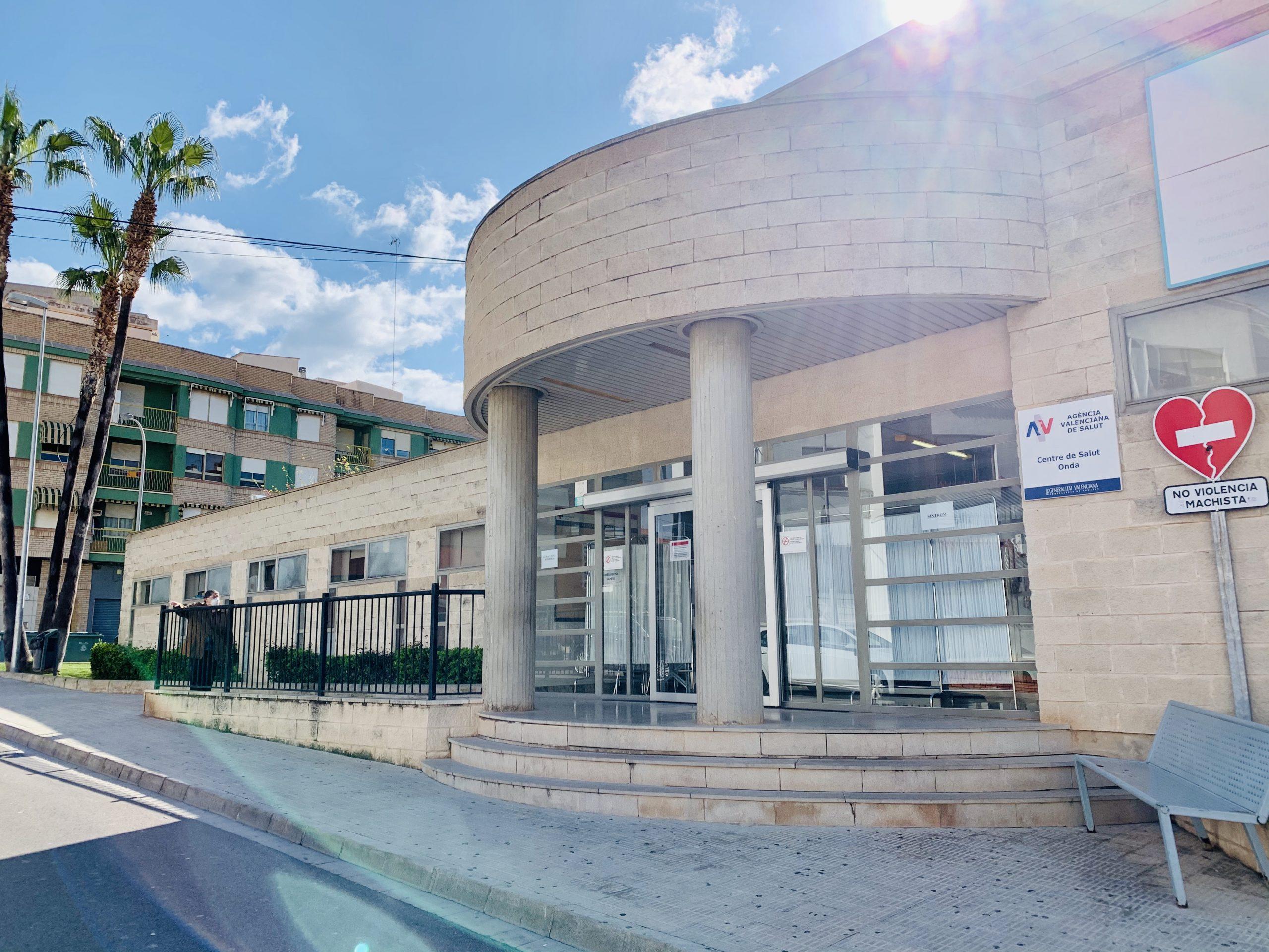 Onda exige a la Generalitat más recursos para acabar con el caos de los centros de atención primaria y especialidades