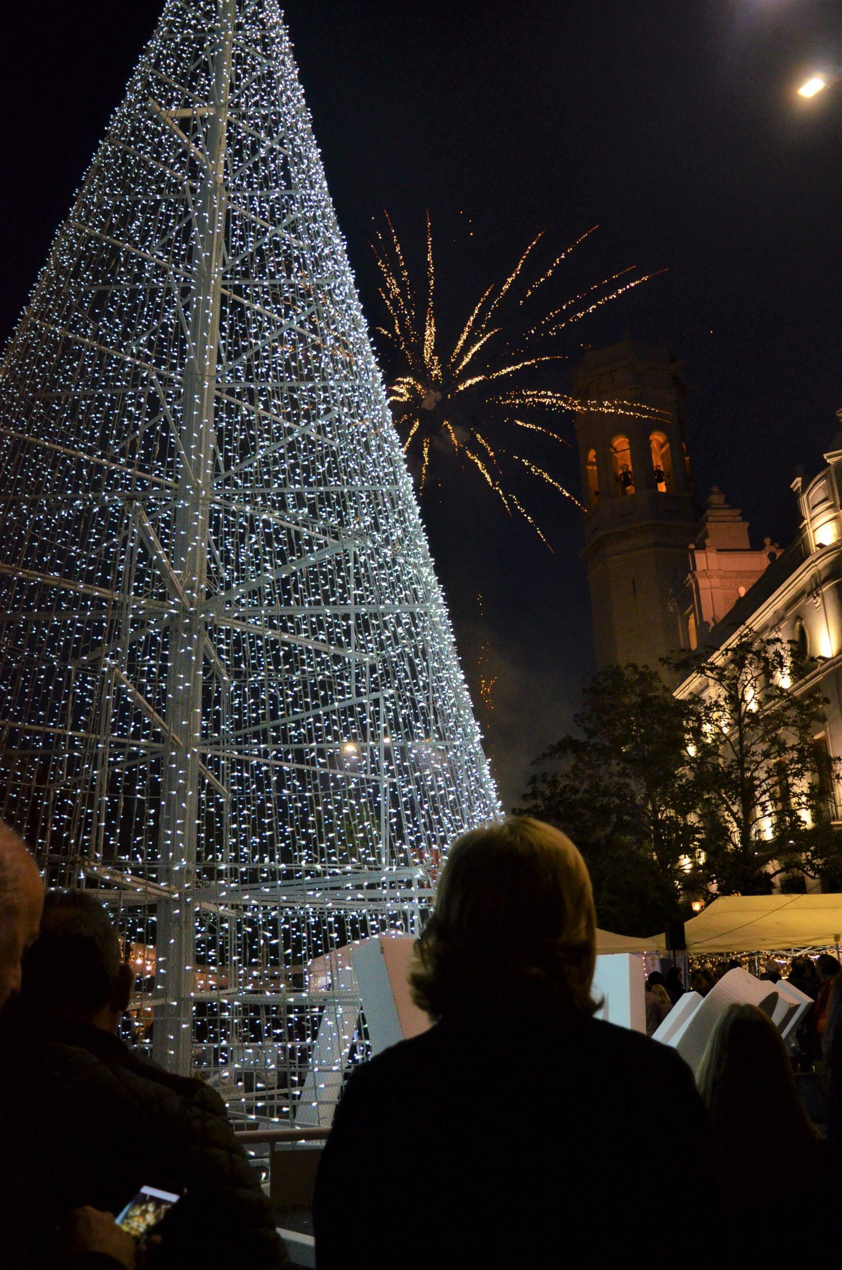 Burriana destina más de 150.000 euros a la campaña navideña para dinamizar el comercio local