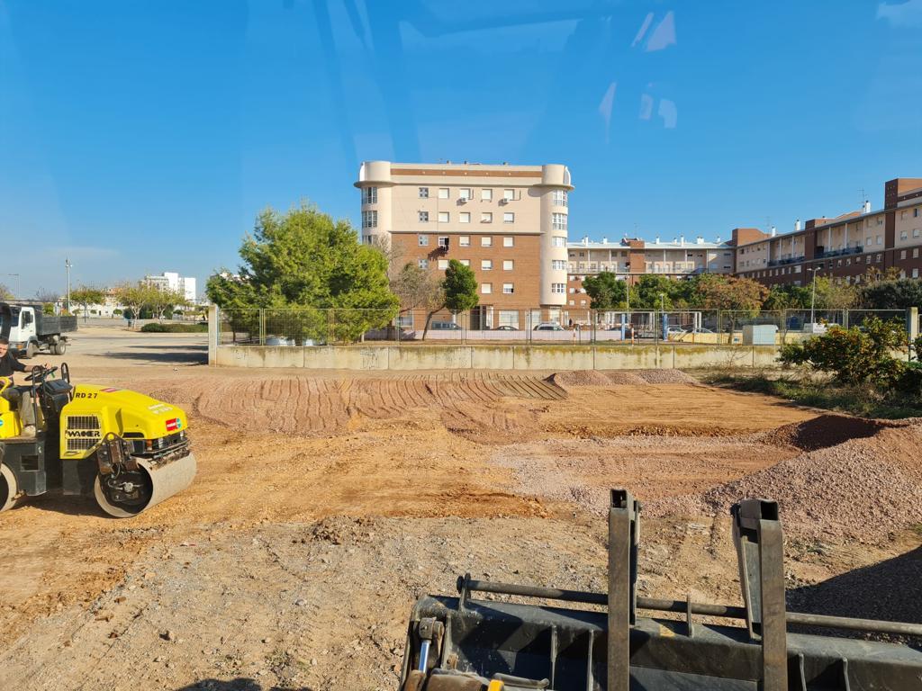 Burriana acondiciona una parcela municipal como aparcamiento en el barrio la Bosca