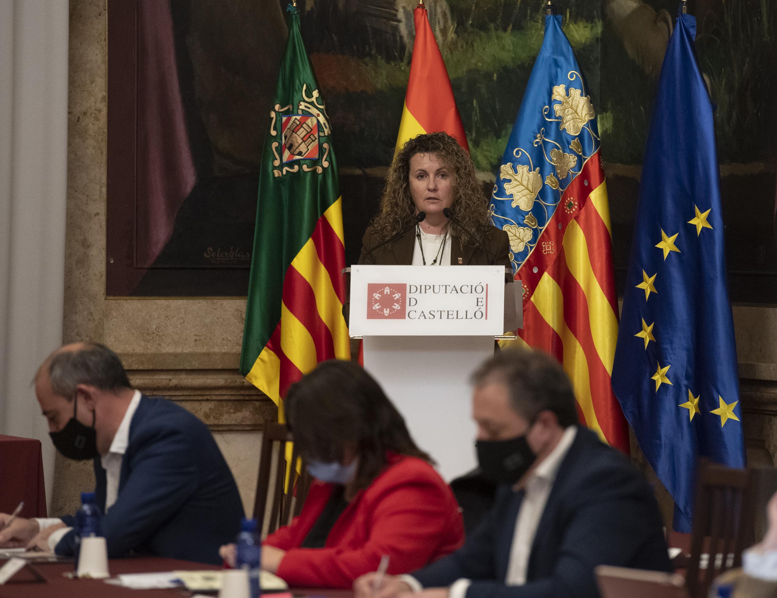 Cristina Fernández resalta que «se hayan activado ya algunas de las medidas naranjas de presupuestos»
