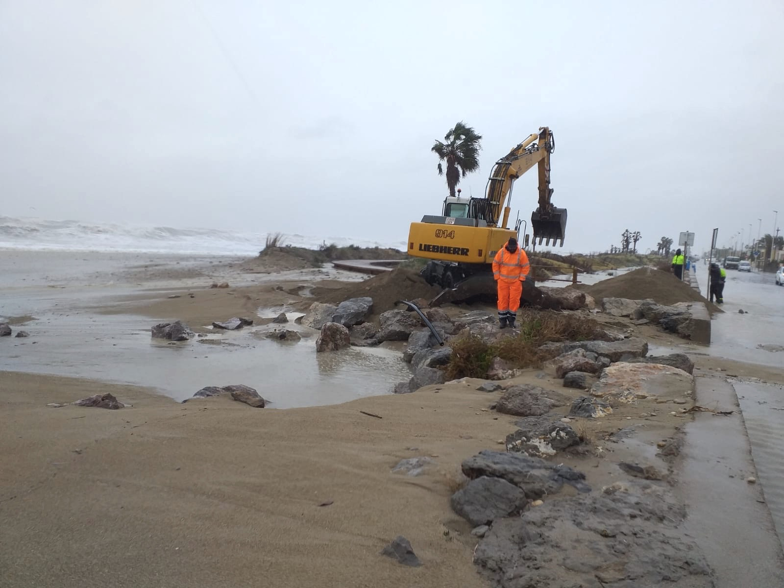 El pleno de Almassora unirá fuerzas para la protección y regeneración de la playa