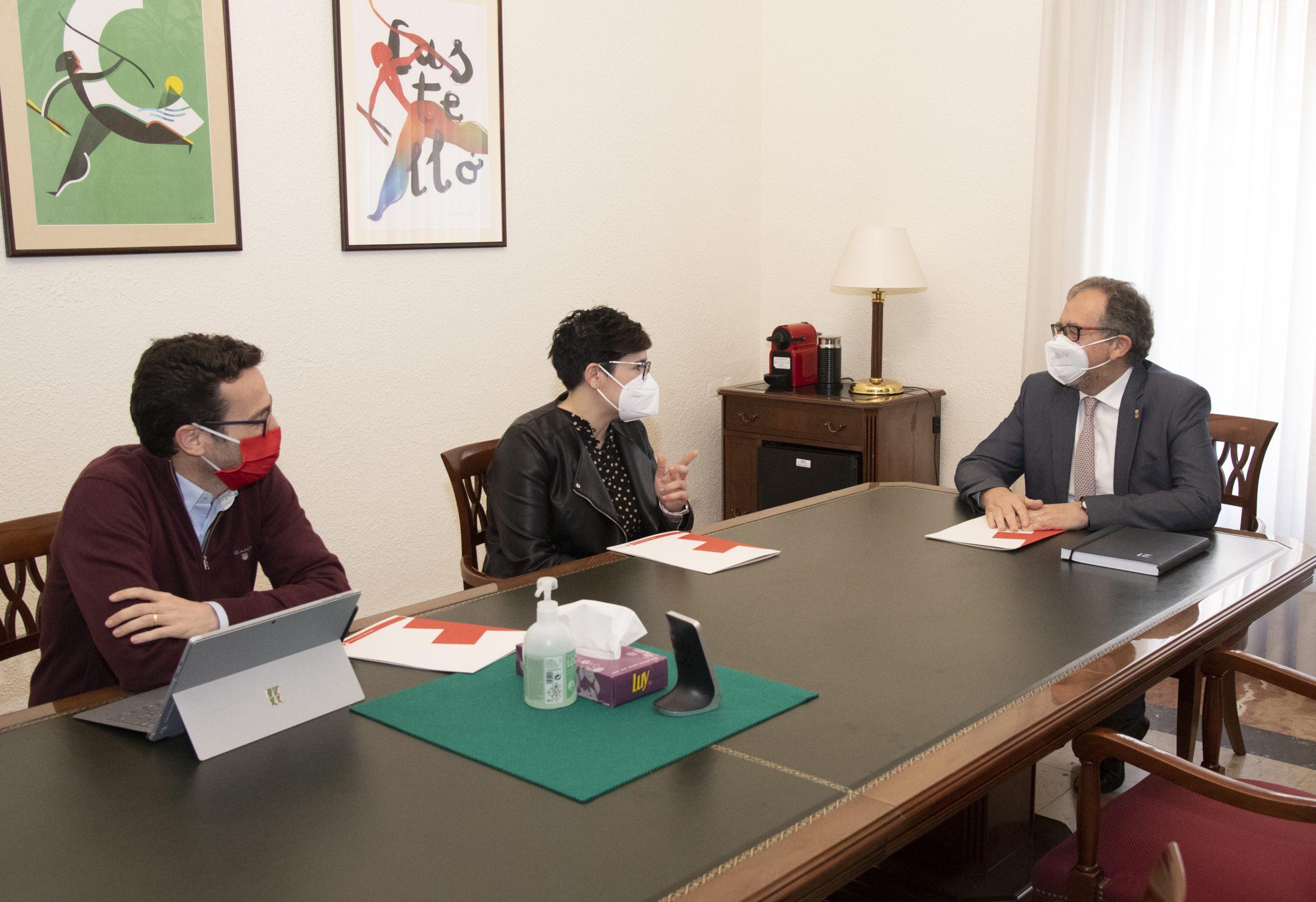 La Diputación y Cruz Roja estudian la firma de un convenio para superar posibles restricciones administrativas en futuras situaciones de emergencia o catástrofe
