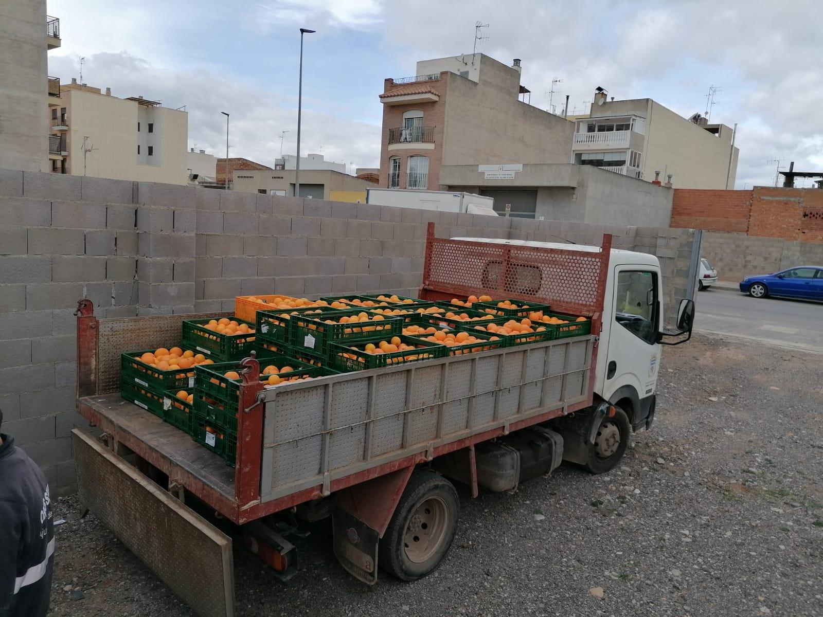 Nules recupera 700 kilos de naranja robada