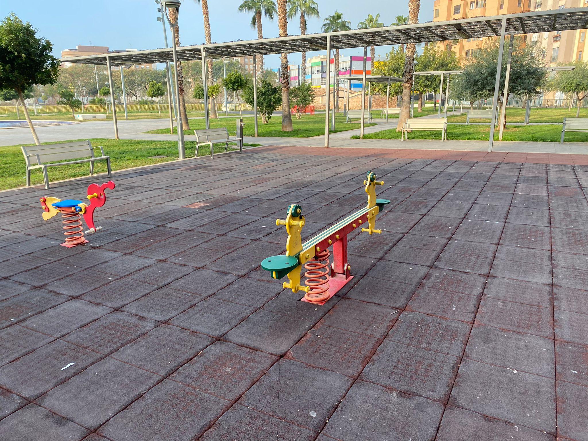 Compromís per Vila-real solicita que se amplíe y mejore el parque infantil junto al jardín de Jaume I